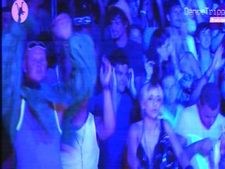 ibiza_blue_lit_crowd__1a