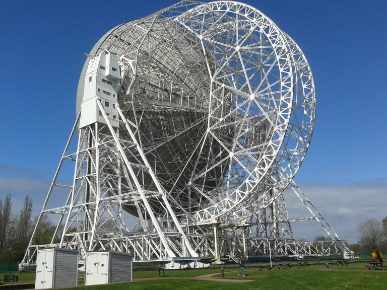 /jodrell_bank_lovell_1_radio_telescope